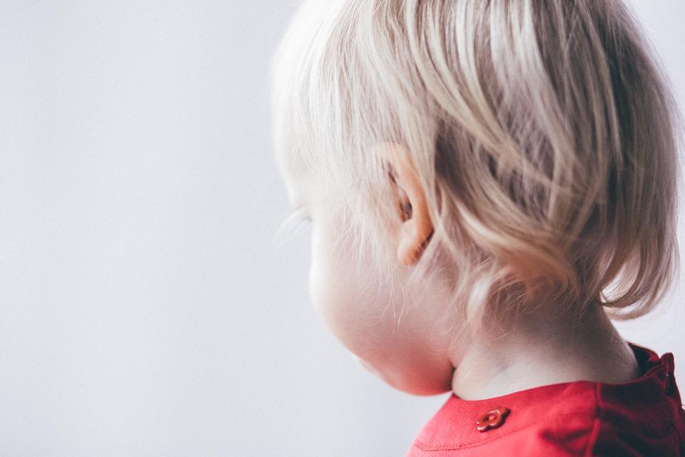 zaburzenia słuchowe u dzieci